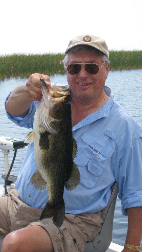 Tony Cavallero catches bass